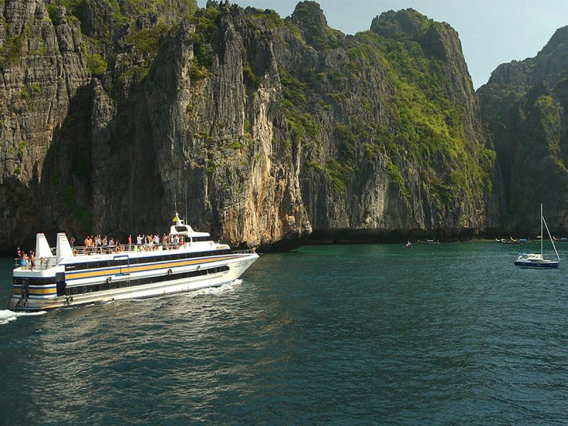 Daily Excursions, Tours, Hotels, Cheap Flights, Local Transports and Things to do across Phuket and Thailand!